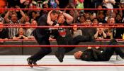 WWE: २५व्या वर्धापनादरम्यान स्टोन कोल्डची शानदार एण्ट्री