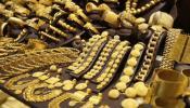 सोनं-चांदीच्या दरात घट, पाहा किती आहे प्रति तोळा दर