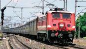 खुशखबर : १ एप्रिलपासून स्वस्त होणार रेल्वे प्रवास, या गोष्टींच्या किमतीतही कपात