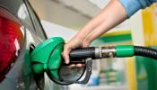 भारताच्या तुलनेत काय आहेत पाकिस्तान-नेपाळमधले पेट्रोलचे दर, जाणून घ्या...