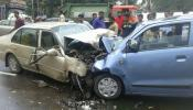 मुंबईत दोन कारमध्ये जोरदार टक्कर, एका पोलिसाचा मृत्यू