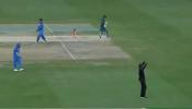 धोनीची जबरदस्त स्टंपिंग, अंपायरच्या निर्णयाआधीच निघून गेला पाकिस्तानचा खेळाडू