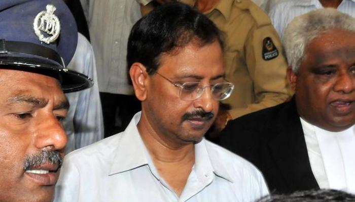 सत्यम घोटाळा : चार वर्षानंतर सेबीनं 'राजू'वर घातली बंदी...