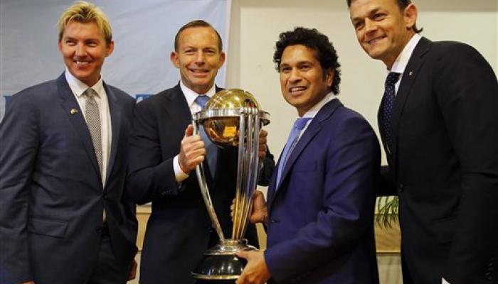 ऑस्ट्रेलिया पंतप्रधान टोनी अॅबॉट-सचिन तेंडुलकर यांची 'ग्रेटभेट'
