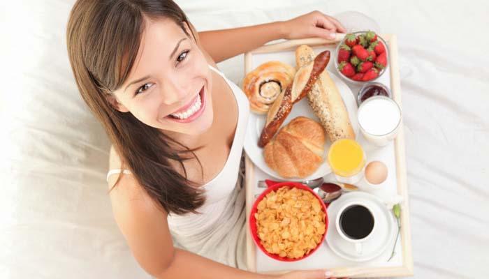 लठ्ठपणा रोखण्यासाठी सकाळी नाश्ता करणं आवश्यक!