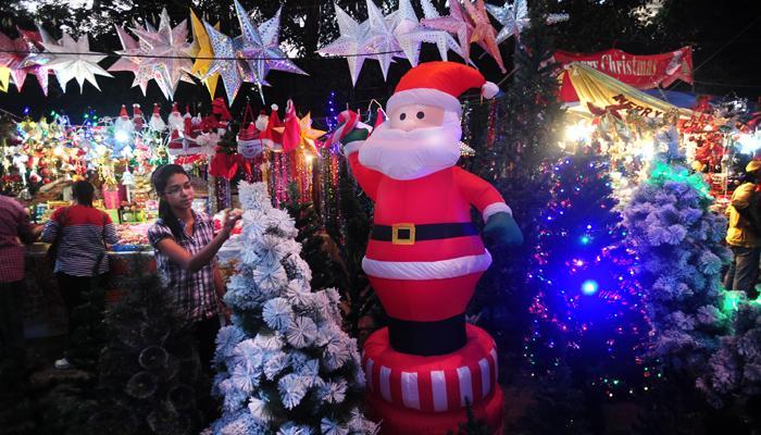 गोव्यात ख्रिसमसची लगबग, पर्यटकांसाठी हॉटेल्स सज्ज