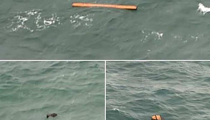एअर एशिया :  बेपत्ता विमानातील ४० मृतदेह समुद्रातून काढले