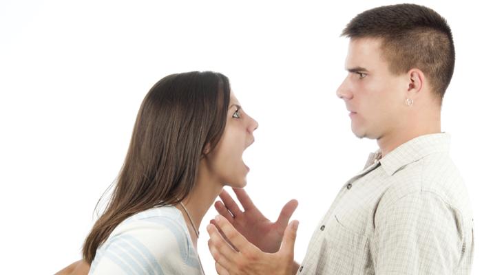 खूप राग येणं स्वास्थ्यासाठी चांगलं की वाईट?