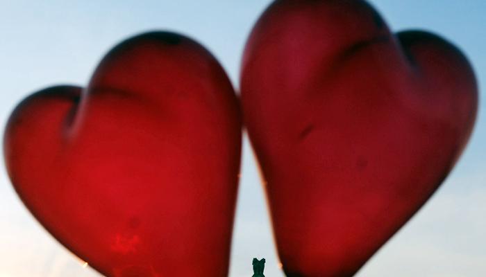 व्हॅलेंटाईन डेलाच प्रेमास नकार, प्रेमीच्या घरीच तरुणीची आत्महत्या