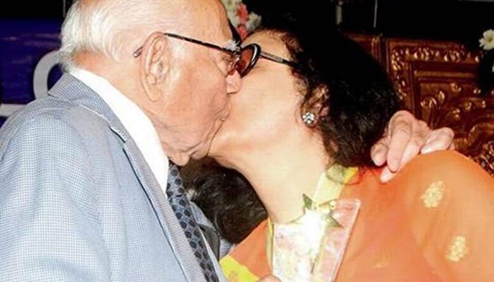 राम जेठमलानी यांनी केले किशोर कुमार यांच्या पत्नीला 'किस'