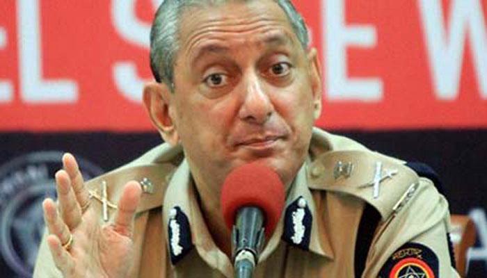 मुंबईतील एनएमजोशी पोलिस स्टेशनमध्ये चाललंय काय?