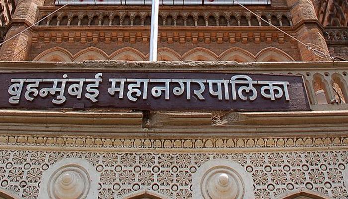 मुंबई पालिकेत गोंधळ : सहा नगरसेवक निलंबित तर सेनेची ४ जणांना नोटीस