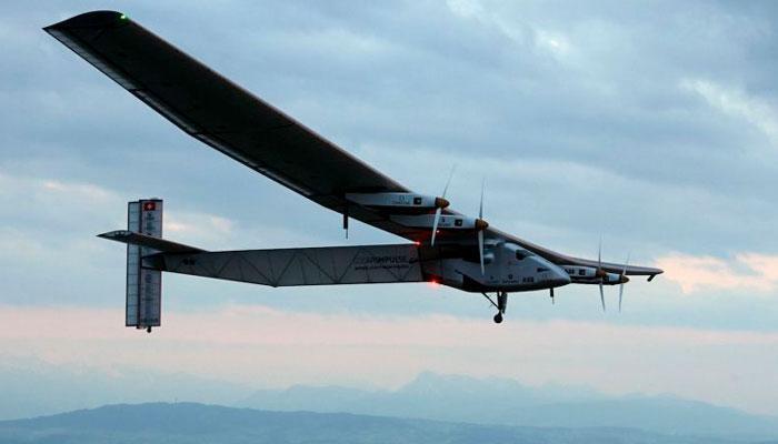 'वर्ल्ड टूर'वर निघालंय सौर ऊर्जेवर चालणारं विमान!