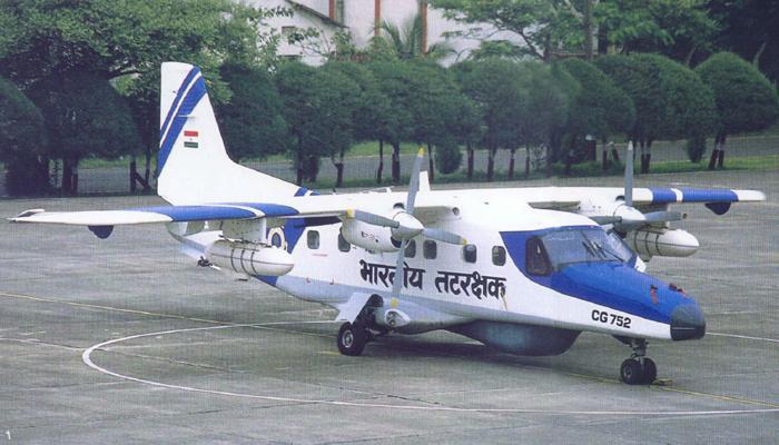 भारतीय नौदलाचं विमान समुद्रात कोसळलं, दोन बेपत्ता