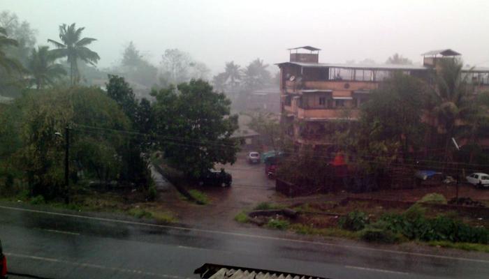रत्नागिरी, सिंधुदुर्गात वादळी पाऊस, शॉकने विद्यार्थ्याचा मृत्यू
