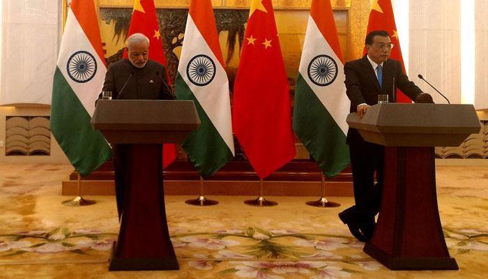 भारत-चीन दरम्यान २४ करांरांवर पंतप्रधानांच्या स्वाक्षऱ्या