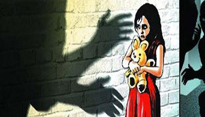 वसतिगृहात अपंग अल्पवयीन मुलीवर सहा महिन्यांपासून बलात्कार