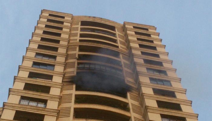 मुंबईत पुन्हा आगीचे तांडव, पवईतील आगीत ७ जणांचा मृत्यू