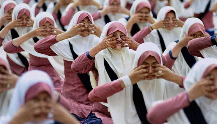 योग आणि धर्माचं राजकारण नको - मुस्लिम बांधव