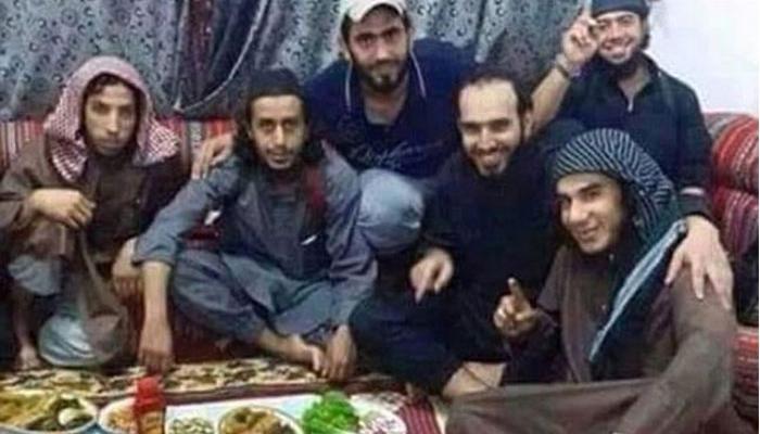 रमजानचे भोजन घेतल्यानंतर इसिसचे ४५ दहशतवादी मृत्यूमुखी