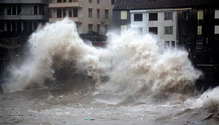 चीनमध्ये वादळाचा धुमाकूळ, लाखो लोक बेघर