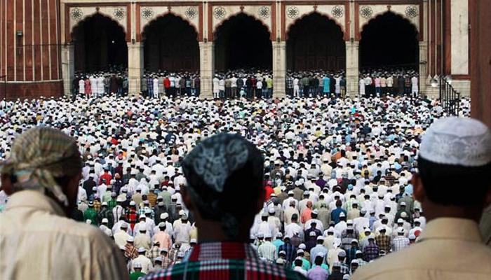 'सर्व धर्म मन विठोबाचे नाम'... 'वारी'साठी 'ईद' पुढे ढकलली!