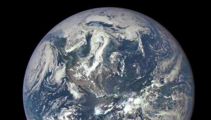 नासाच्या 'एपिक' कॅमेऱ्यात पृथ्वीची अद्वितीय छायाचित्र