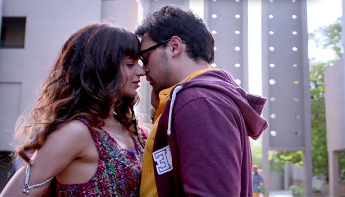 'कट्टी-बट्टी'च्या गाण्यात इमरान, कंगणाने २४ तास केलं किस