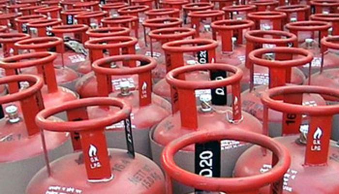 पेट्रोल, डिझेलनंतर आता विनाअनुदानित गॅस दरांतही कपात!