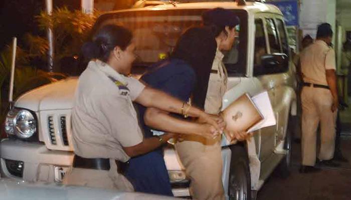 शीना बोरा प्रकरणात पोलीस अधिकारी अडकणार?