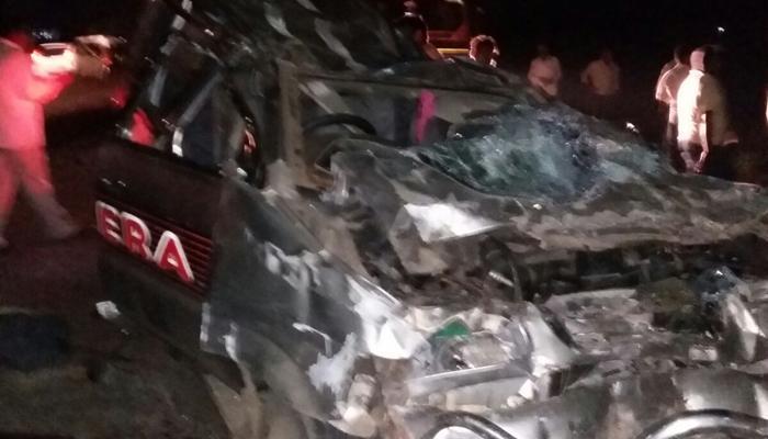 औरंगाबाद कार अपघातात ७ जण ठार