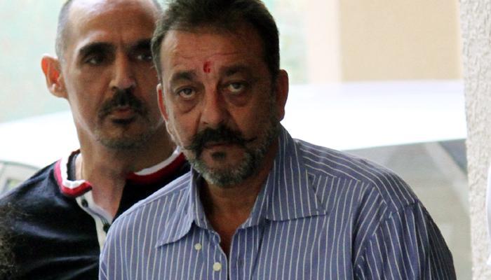 संजय दत्तच्या शिक्षा माफी अर्ज फेटाळला
