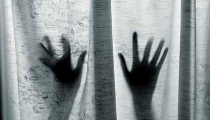 पत्नीनं नकार दिला म्हणून पतीनं प्रायव्हेट पार्टमध्ये हात घालून केली हत्या