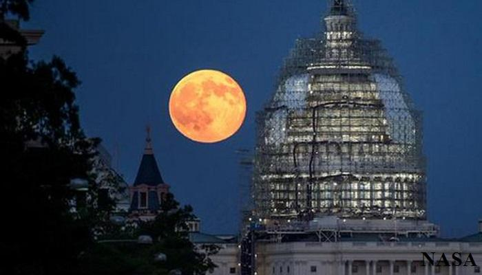 चंद्र आज ३० टक्के अधिक तेजस्वी आणि प्रकाशमान