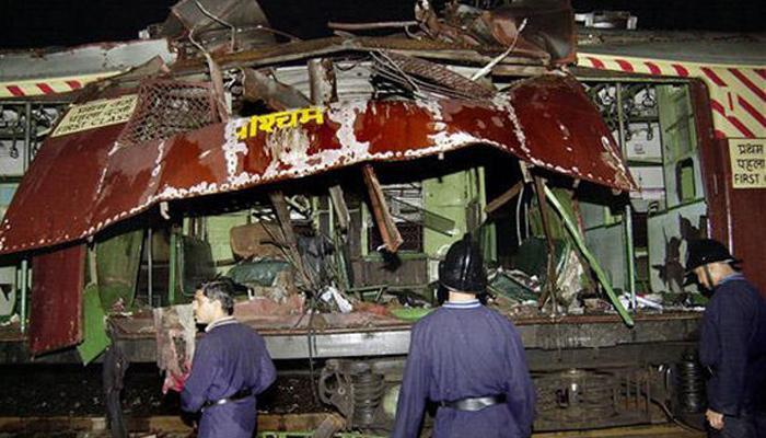 2006 मुंबई बॉम्बस्फोट प्रकरणी 5 जणांना फाशी, तर 7 जणांना जन्मठेप
