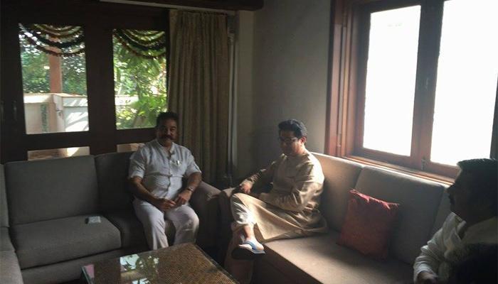अभिनेता कमल हसन राज ठाकरेंच्या भेटीसाठी 'कृष्णकुंज'वर!