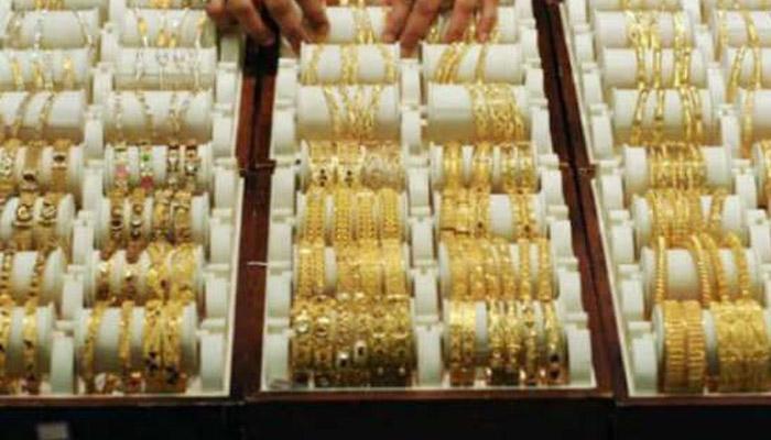 सोने खरेदीचे प्रमाण घटले