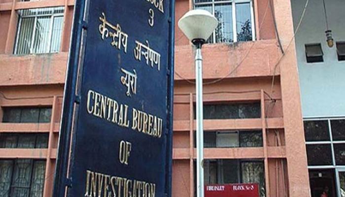 चिट फंड घोटाळा : साई प्रसादसंबंधीत १६ जागांवर छापे, मोतेवारांवर गुन्हा