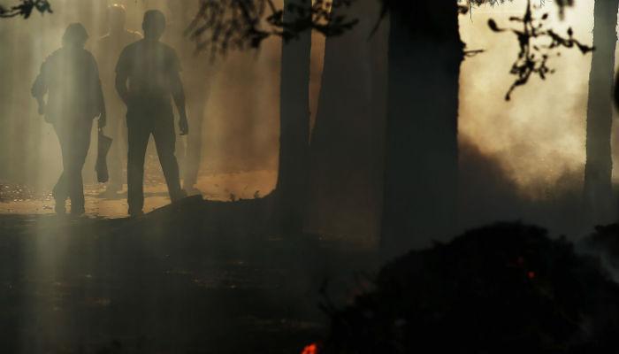 'दिव्या'त अंधार, केमिकलयुक्त धुरानं नागरिकांना त्रास