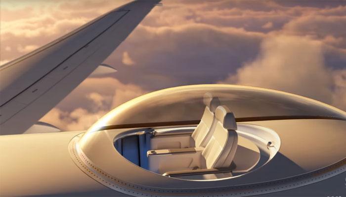 VIDEO : विमानाच्या छतावर बसून अवकाश अनुभवण्याची संधी!