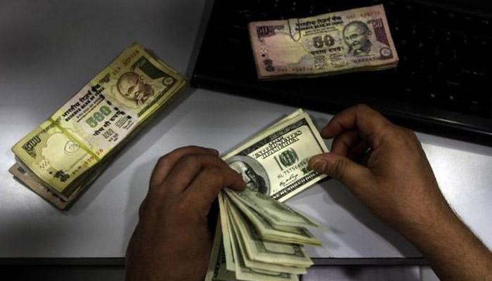 मायदेशात पैसे पाठवण्यात 'एनआरआय' 'नंबर वन'वर!