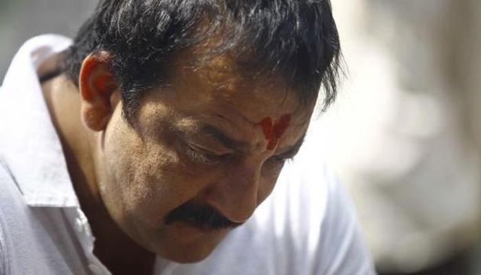 संजय दत्तचा तुरुंगातला मुक्काम लांबला...