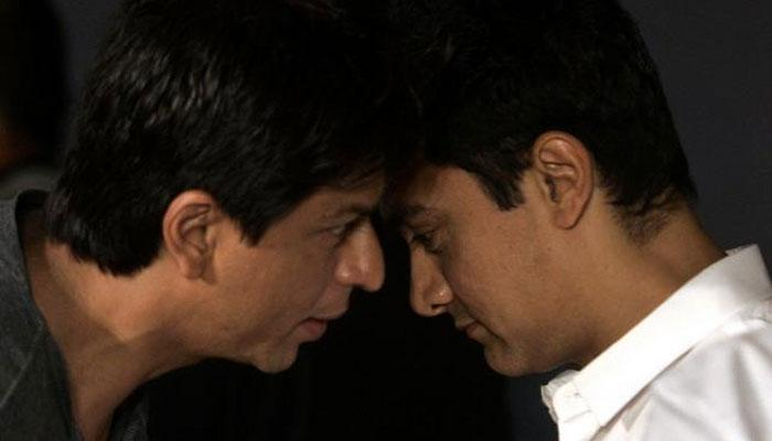 'असहिष्णुते'वर भाष्य करणाऱ्या आमिर-शाहरुखला जोरदार झटका