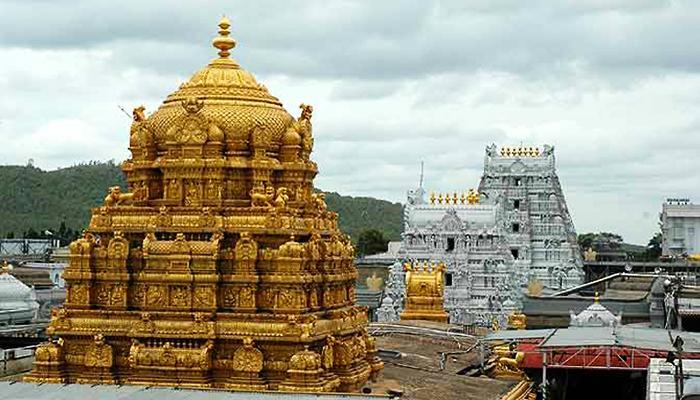 ४०० वर्षांनंतर महिला आणि दलितांना मंदिराचे दरवाजे खुले