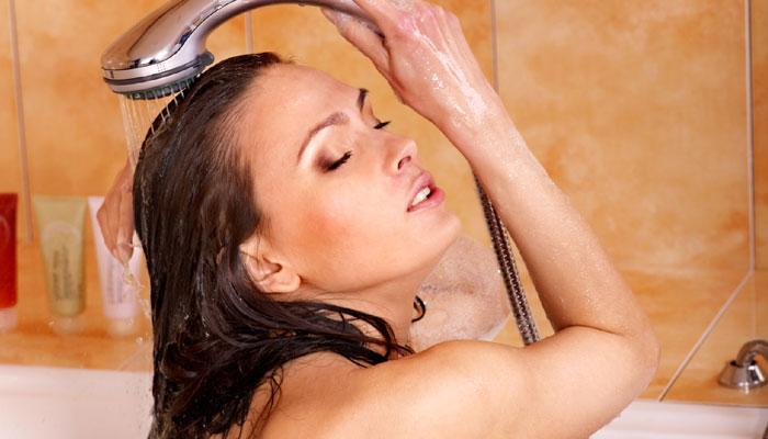 जाणून घ्या जेवणानंतर आंघोळ का करु नये
