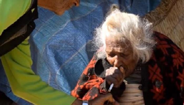 ११२ वर्षांच्या महिलेच्या दीर्घायुष्याचे सिक्रेट दिवसाला ३० सिगारेट