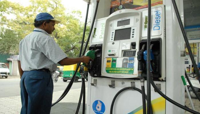 पेट्रोल आणि डिझेलच्या उत्पादन शुल्कात वाढ
