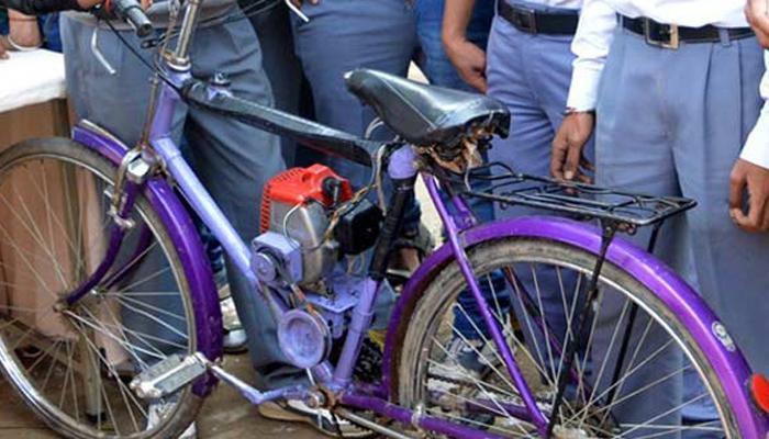पेट्रोलवर धावणारी सायकल, १ लिटरमध्ये २०० किमी अंतर