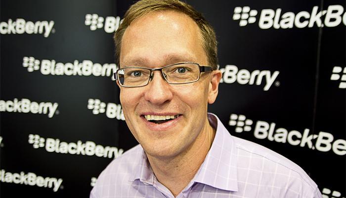 ब्लॅकबेरीचे 'बुरे दिन'... २०० कर्मचाऱ्यांना डच्चू!