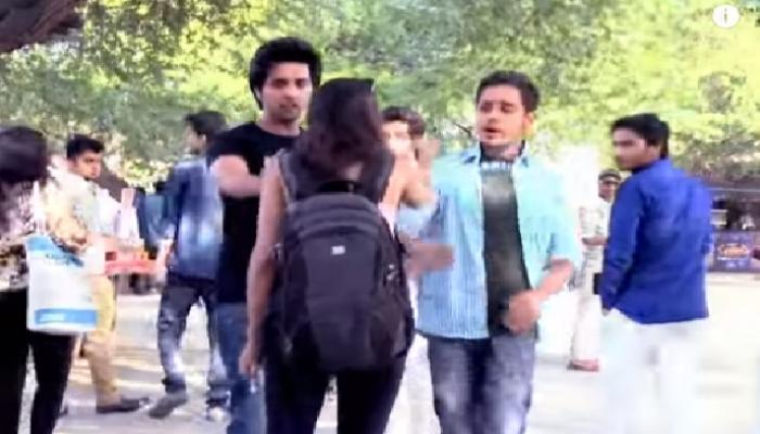 व्हिडिओ : मुंबई आणि दिल्लीत महिला किती सुरक्षित